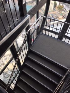 京都タワー下り階段